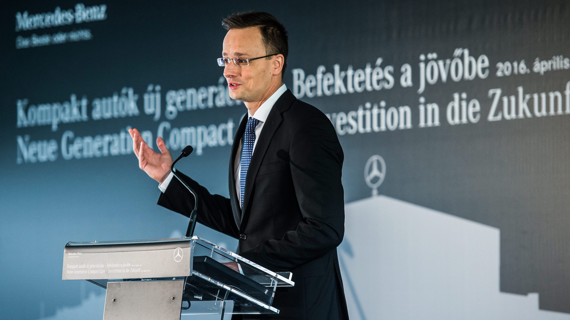 Foundation stone of new Mercedes car body plant has been laid in Kecskemét